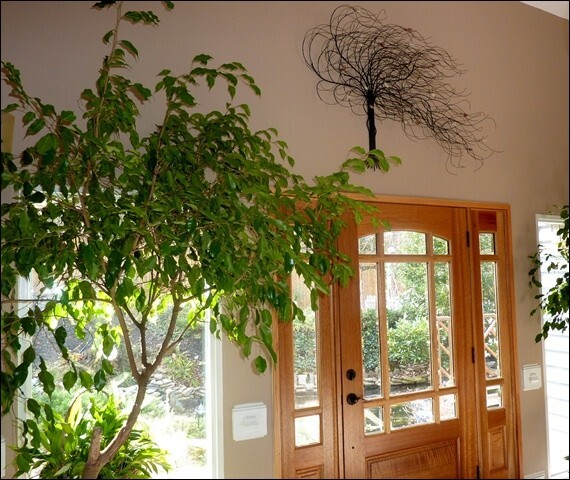 Metal Tree 5 Over The Entrance. Home Decor